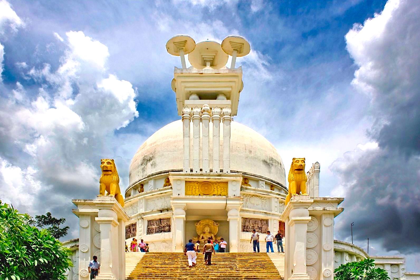 4.Dhauli_buddhista_stupa