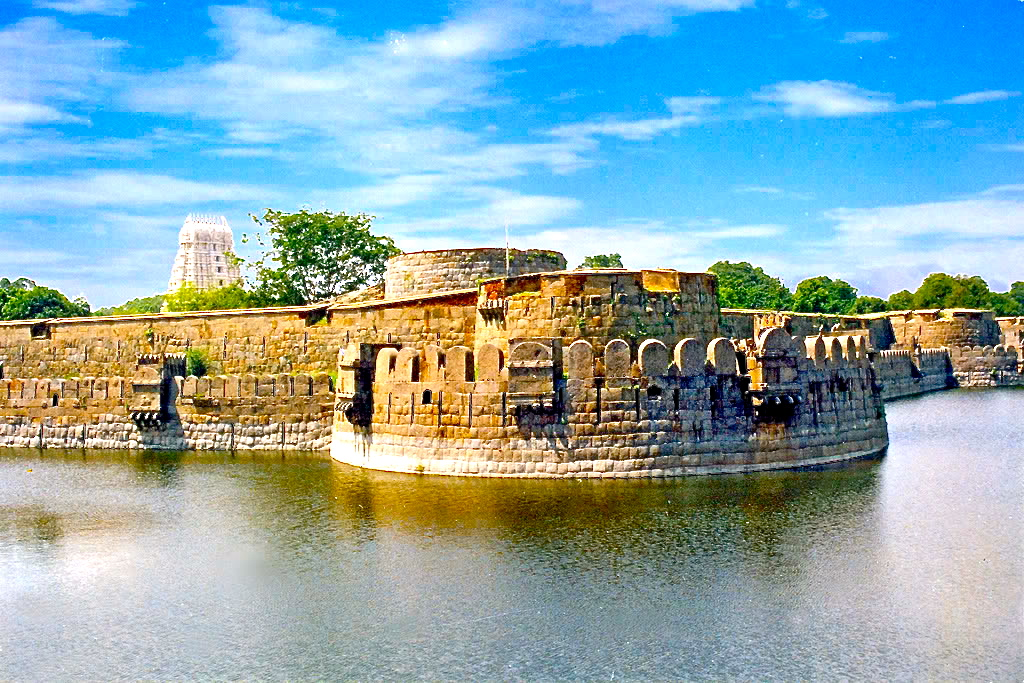 6.Vellore fort 2