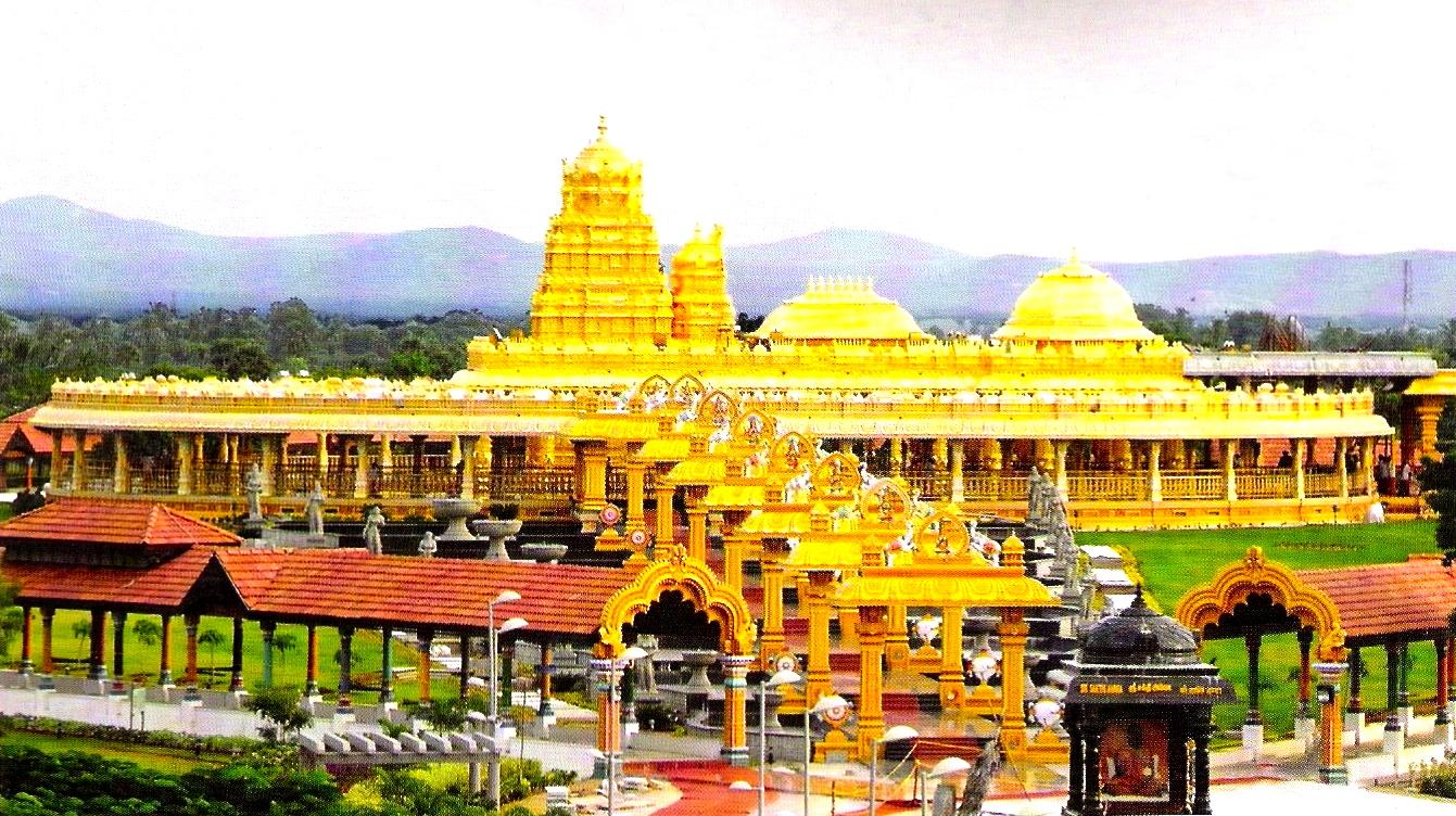 8.vellore lakshmi temple 1