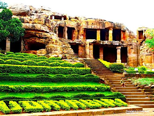Khandagiri-Udaigiri jaina temple 2